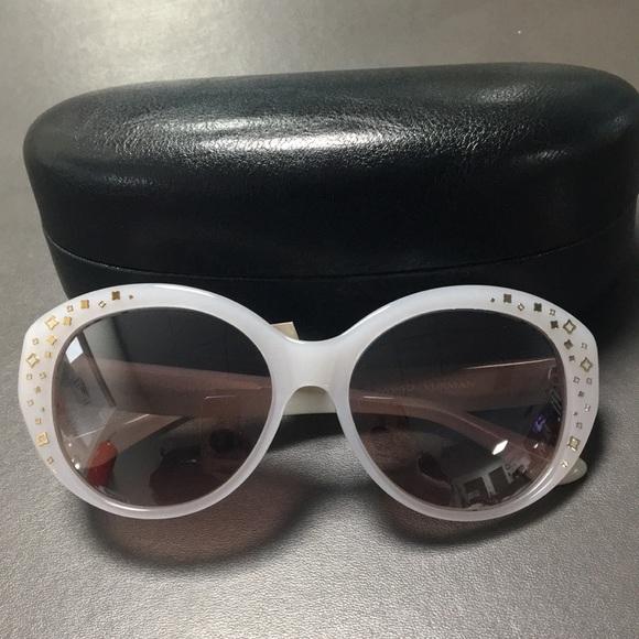 6bbe4408642 David Yurman Accessories - Never Worn David Yurman Sunglasses Pearly White